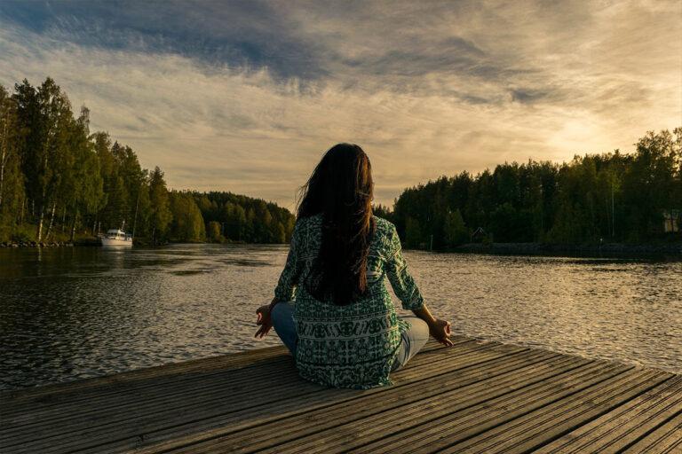 Deine Fasten Reise_Feldberger Seenlandschaft Meditation